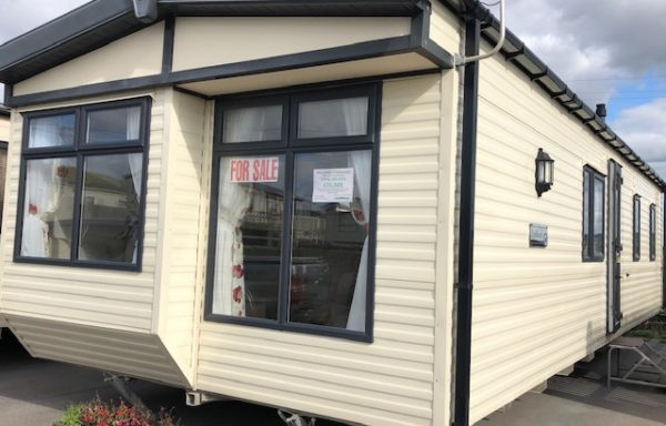 SOLD: Pre-owned Willerby Lyndhurst